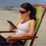 Kindle-Woman-img_beach-doug-01._V188698996_